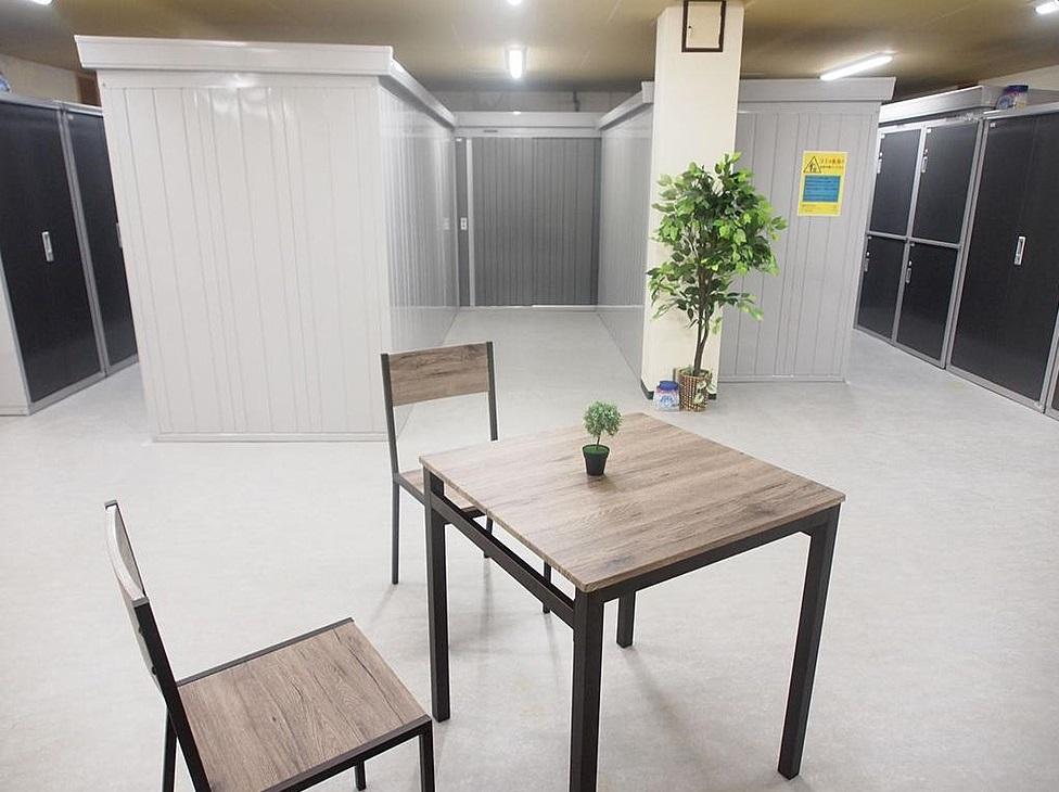 神戸トランクルーム通路幅